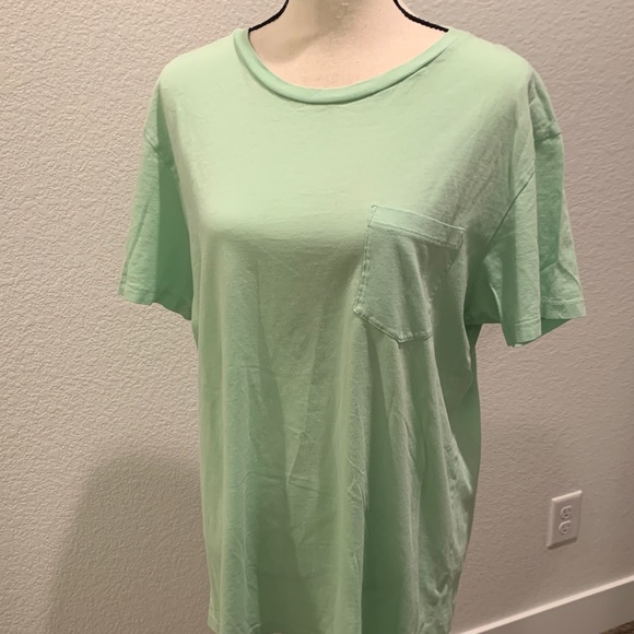 J. Crew Other - Soft lime green men's t-shirt.